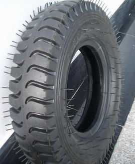 TR4008L wheelbarrow tyre and tube