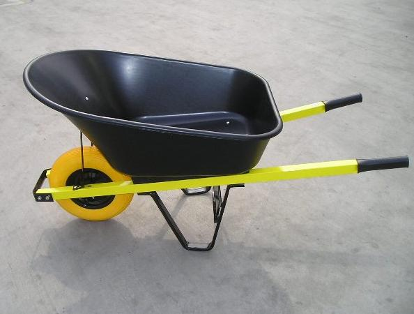 WB8611 heavy-duty wheelbarrow, 7 cu.bf
